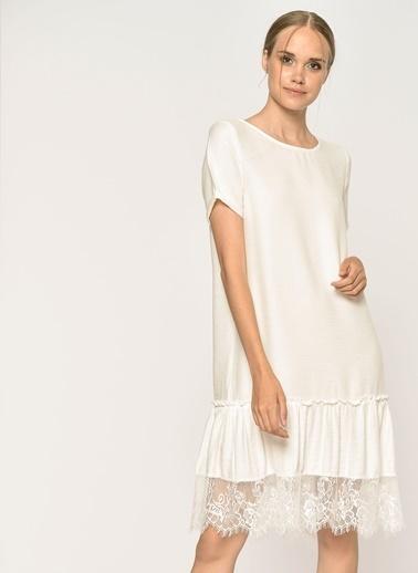 Loves You Eteği Dantel Detaylı Kısa Kol A Shape Elbise Beyaz